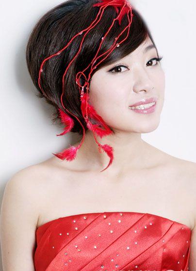 新娘造型新娘妆 兼备优雅与甜美的新娘妆