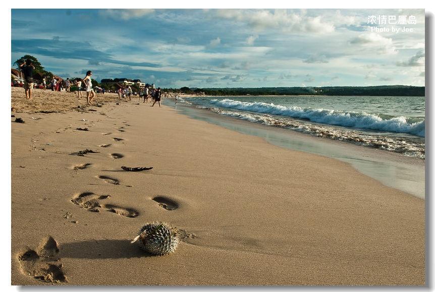 浓情巴厘岛之十一:炫目日落的金巴兰海滩