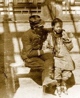 八国联军在北京对妇女