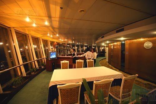 走进神秘的朝鲜 二十,在羊角岛国际饭店旋转餐厅吃饭