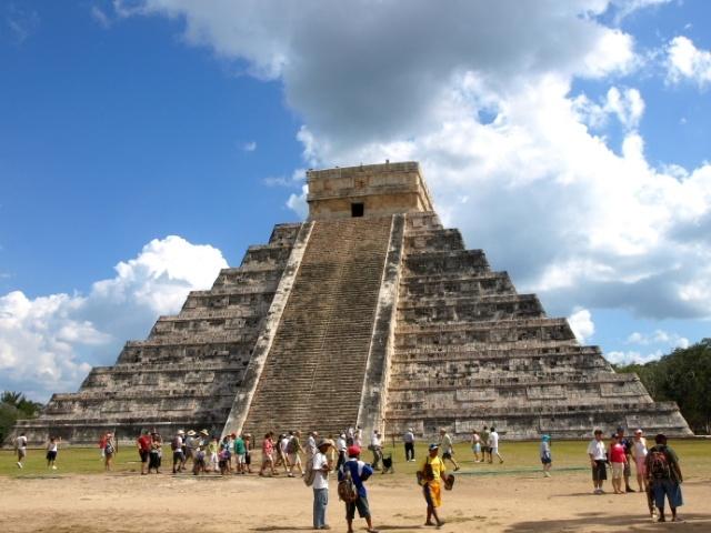 库尔坎金字塔