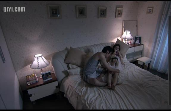 温柔的谎言安然吻戏床图片