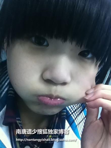 刘慧芳张凯丽16岁漂亮女儿私房自拍美照独家首曝光